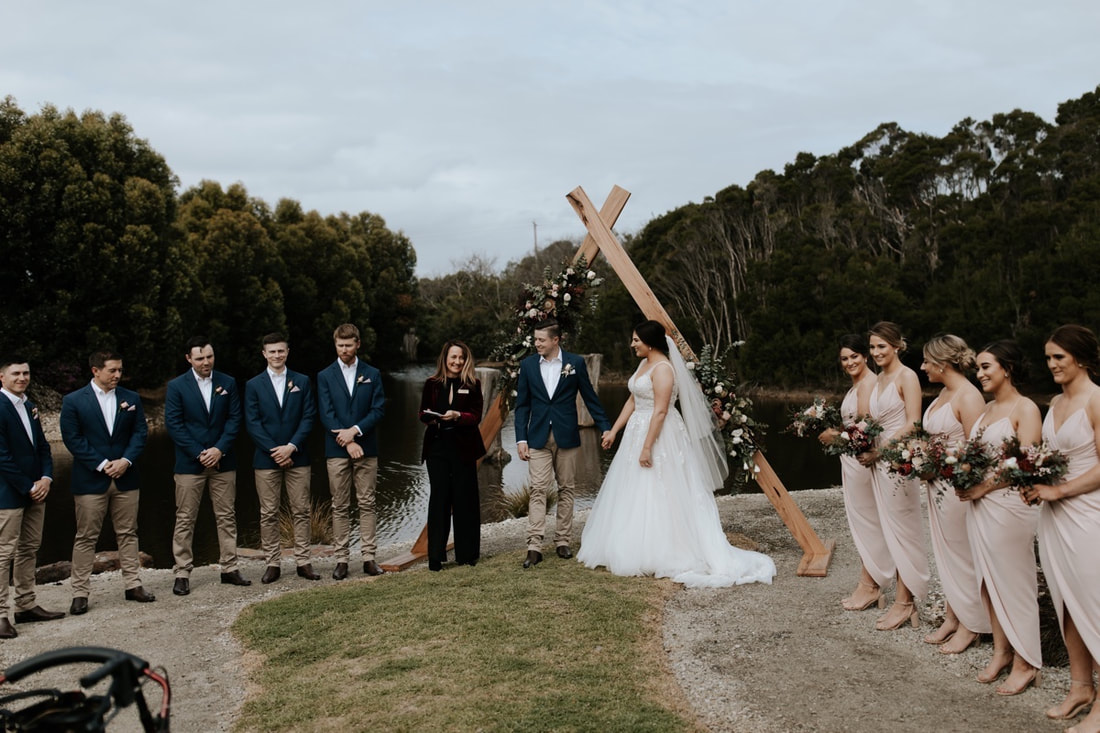 Lisa-Anne Celebrant,phillip island,wedding,celebrant,ceremony